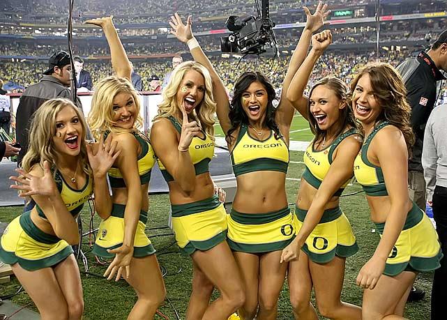 Name:  oregon-ducks-cheerleaders-2011-bcs-game.jpg Views: 16001 Size:  79.9 KB