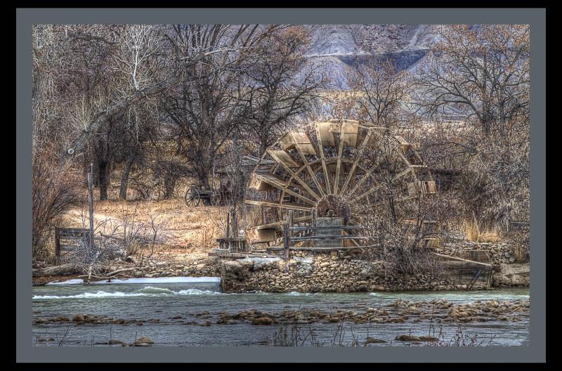 Name:  Green_River_WaterwheelSmall.jpg Views: 813 Size:  114.6 KB