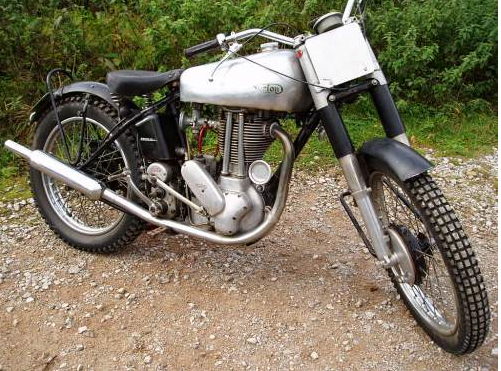 Name:  1950 Norton t.png