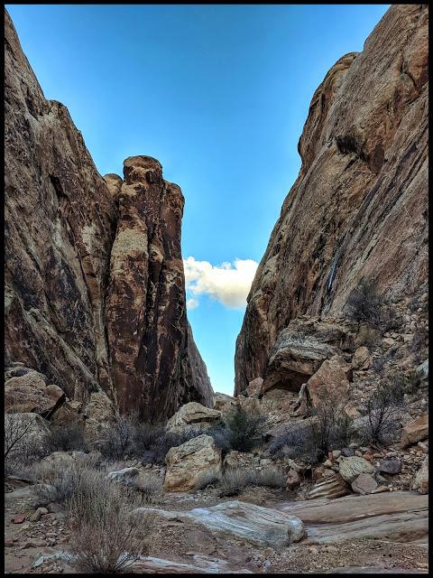 Name:  Moon_Shine_Tanks_San_Rafael_Swell_Utah_ShaunasAdventures_2.JPG Views: 617 Size:  144.5 KB